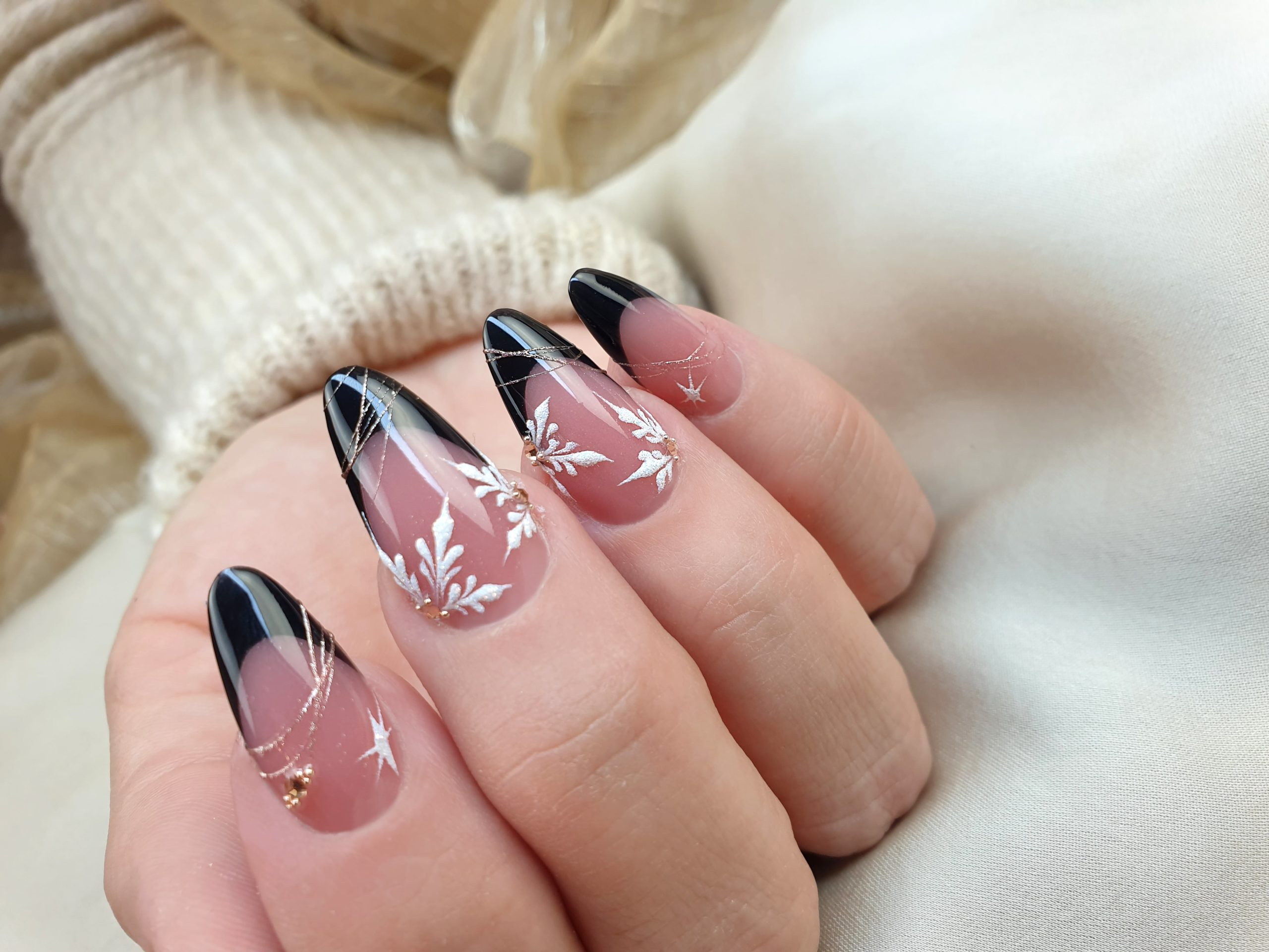 BLACK FRENCH ALMOND CON COVER BUILDER GEL